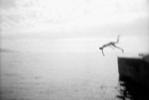 France, Marseilles, 2013 Last dive in Marseilles... A last bath at the Padro.  France, Marseille, 2013 Dernier plongeon marseillais?Un dernier bain au Padro.  Bruno Boudjelal / Agence VU